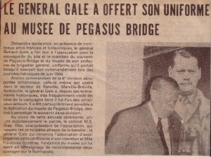 Don de l'uniforme G. Gale